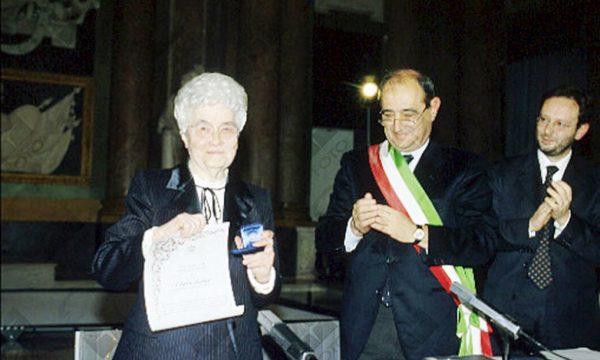 Su Chiara Lubich in Genovese:  'Na nêuva lûxe pe Zêna