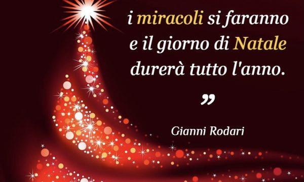 PENSIERI DI VITA: Se ci diamo una mano i miracoli si faranno e il giorno di Natale durerà tutto l'anno.